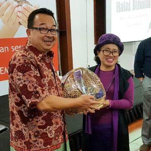 JAMTIK adalah hasil racikan dari Herbalis Top Indonesia yang bernama Ning Harmanto yang telah berpengalaman lebih dari 15 tahun di dunia herbal.